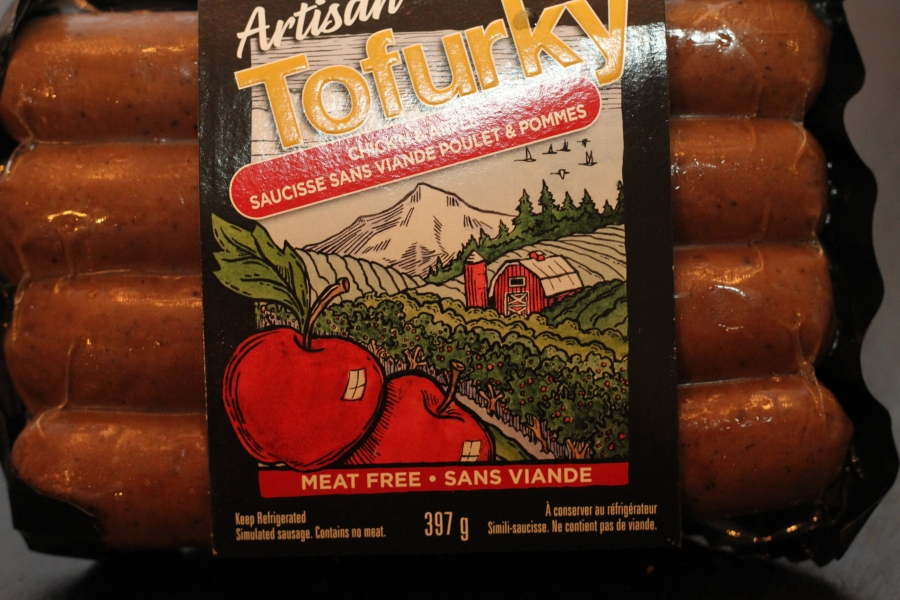 Tofurky Chick'n apple sausages