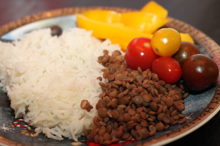 Plain lentils and rice with veggies